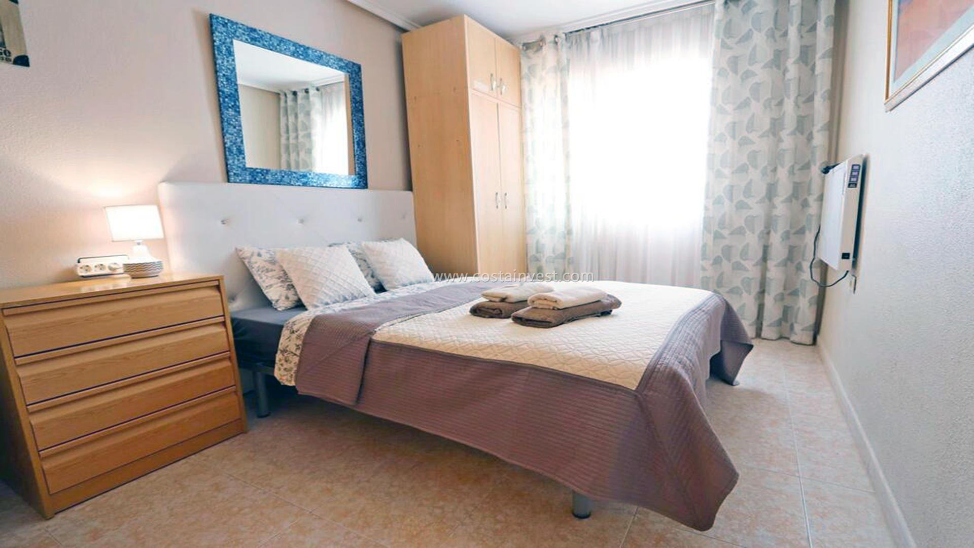 Bungalow -                                       Torrevieja -                                       2 sypialnie -                                       4 osoby