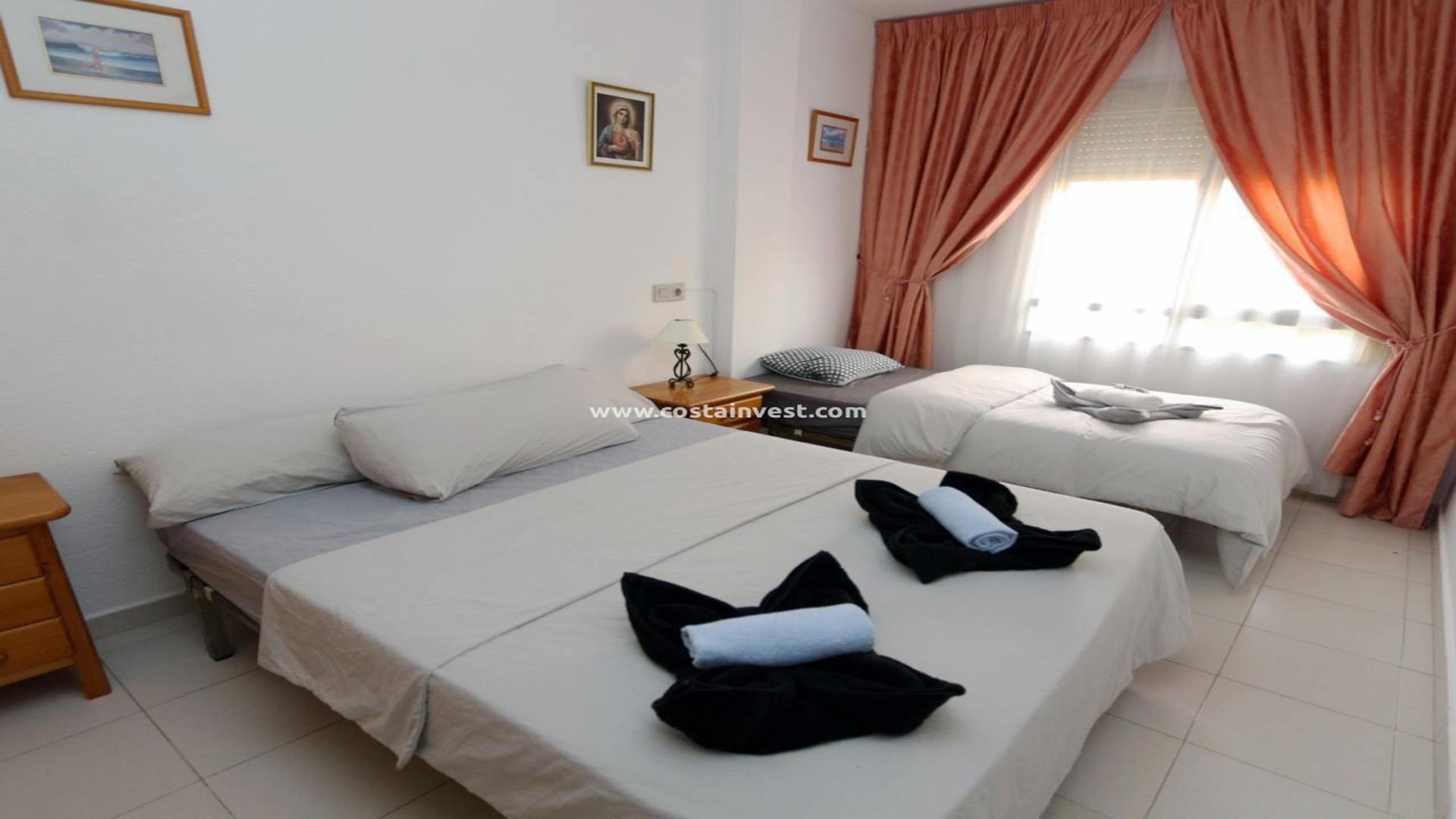 Apartament -                                       Torrevieja -                                       2 sypialnie -                                       5 osoby